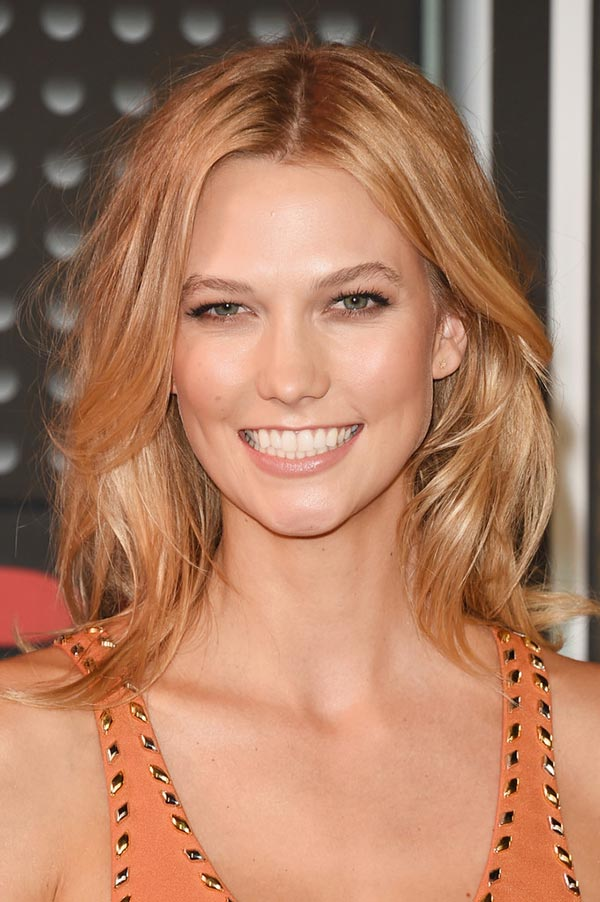 2015_MTV_VMAs_beauty_celebrity_hairstyles_Karlie_Kloss