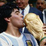 Diego Maradona, KONAMI PES 2017'ye Dava Açıyor !