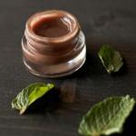Naneli-Çikolatalı Dudak Koruyucusu Yapımı